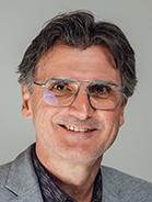 Mitarbeiter Stefan Knall